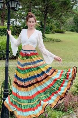 Sét đầm maxi trắng phối chân váy sắc màu